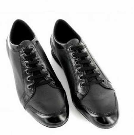 chaussures de sport pour aller dans l 39 eau chaussures de. Black Bedroom Furniture Sets. Home Design Ideas