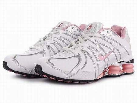 Run Chaussures Jaune Et Junga Nike Roshe Shox Grise PPTqI